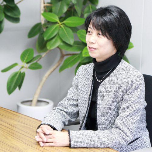大串 恵子